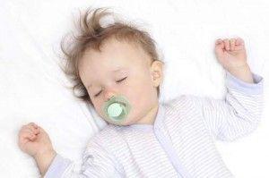Неспокійний сон у дитини