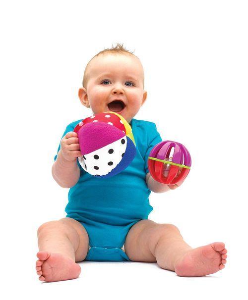 Чим зайняти малюка у віці від року до двох