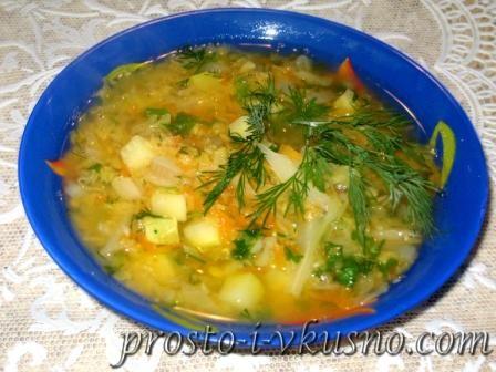 Дієтичний суп з сочевиці