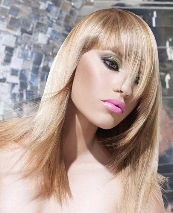 Стрижка на довге волосся