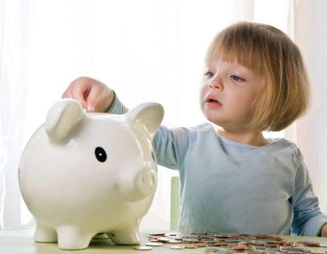 До скількох років платять аліменти на дітей?