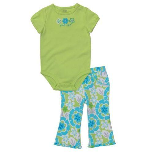 Яскравий одяг carters для дітей
