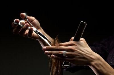 Довірте вибір і виконання зачіски професіоналам