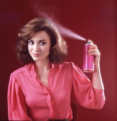 Лак для волосся - найпопулярніший засіб для укладання волосся будь-якої довжини. Важливо правильно вибрати ступінь фіксації лаку, щоб отримати бажаний результат