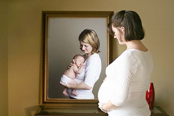 Коли краще народити першу дитину