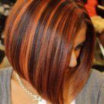 Колорування: процес фарбування волосся в салоні і в домашніх умовах