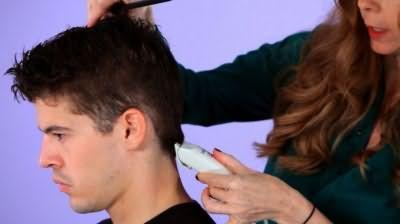 Як підстригти чоловіка за допомогою машинки