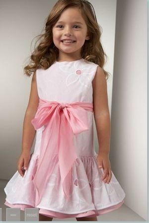 Дитячі нарядні сукні для дівчаток