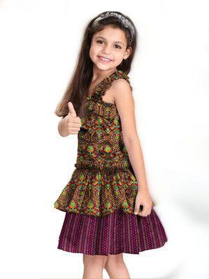 Самі нарядні сукні для дівчаток