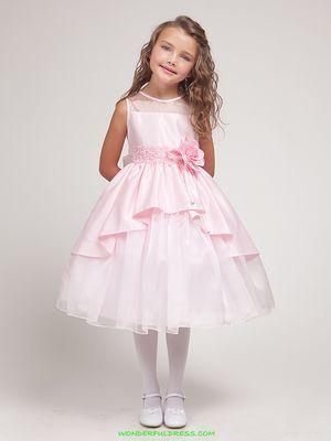 Кращі нарядні сукні для дівчаток
