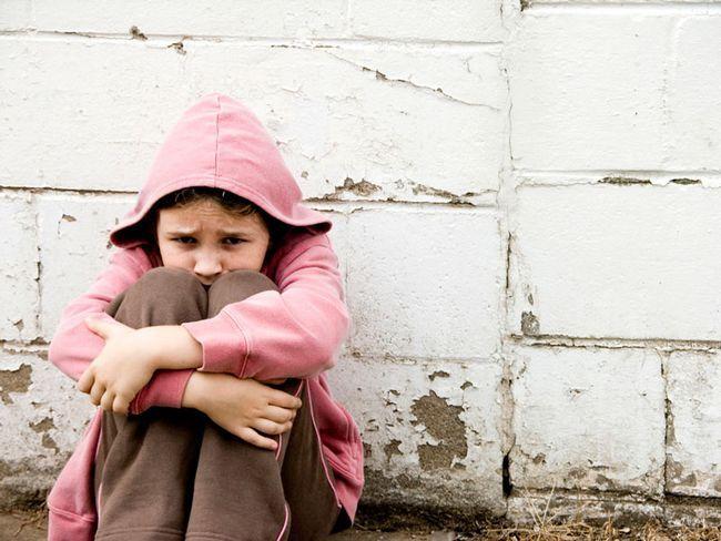 Обмеження і позбавлення батьківських прав