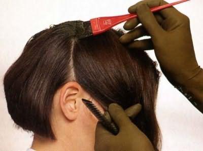 Чи можна стригти волосся при місячних