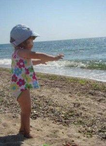 Відпочинок на морі з маленькою дитиною: правила підготовки