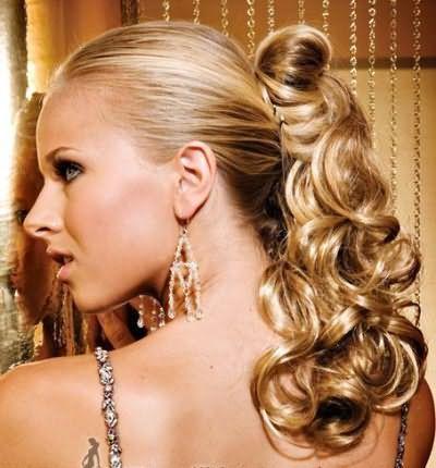 Зачіски з хвостиків на довге волосся
