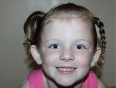 прості зачіски для дівчаток на кожен день в садок