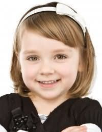 Зачіска для першокласниці з коротким волоссям