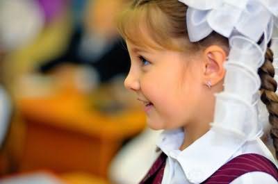 Зачіски для першокласників - акуратність і оригінальність