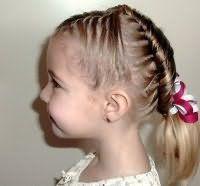 Зачіска на коротке волосся на 1 вересня
