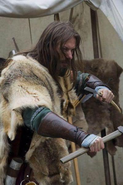 зачіски вікінгів чоловічі