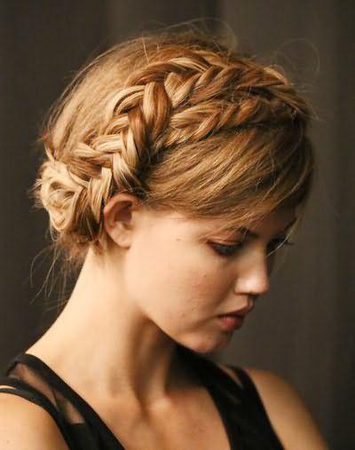 Зачіски з хвоста на довге волосся