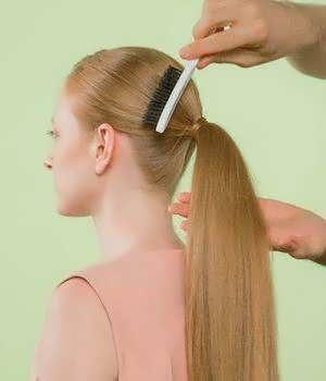 Зачіски з кісок на довге волосся фото