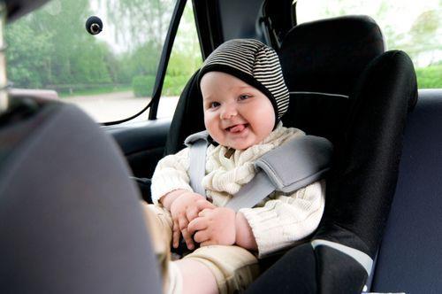 Подорож на авто: що взяти з собою?