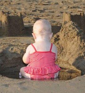 Розвиток мислення у дитини до року: граємо і ростемо