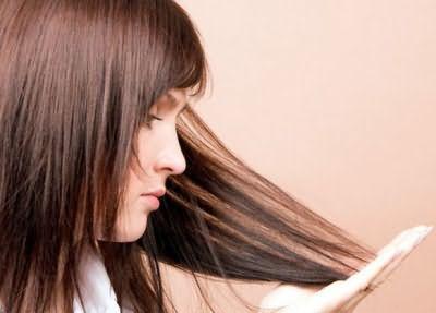 Як вилікувати посічені кінчики волосся