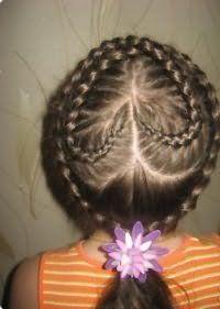Зачіска серце для дівчинки