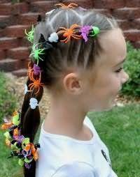 Красива зачіска з плетінням для першокласниці