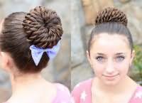 шкільні зачіски для дівчаток на довге волосся 8