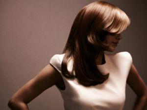 Спрей для укладання волосся: створюємо досконалий образ