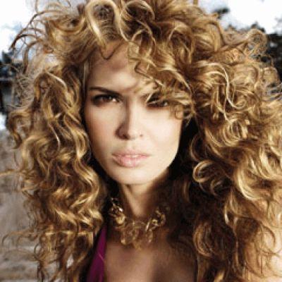 Фото: кучеряве волосся - дар природи, який вимагає особливого догляду