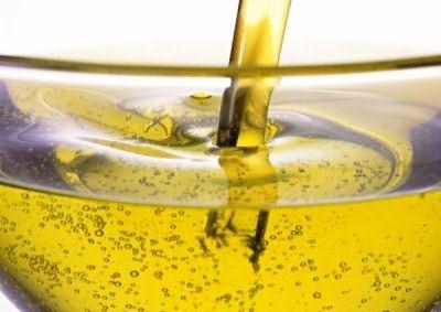 Масло зробить кератин більш податливим