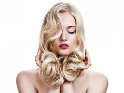 Як правильно зняти нарощене волосся