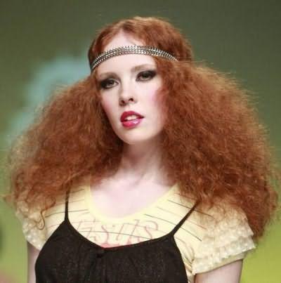 Пишність зачіски залежить від кількості кіс і способу розчісування