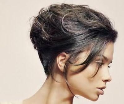 зачіски для круглого типу особи фото