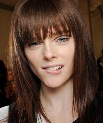 Зачіска боб на довге волосся