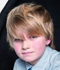 Модний дитячий зачіска для хлопчика