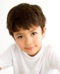 Зачіска для хлопчика на коротке волосся