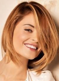 стрижки для обсягу на середні волосся 4