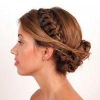 Модна грецька зачіска