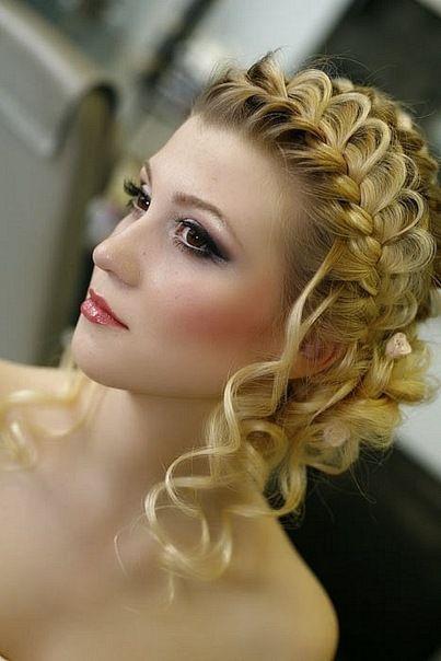 Весільні і вечірні зачіски