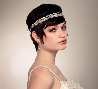 Весільні зачіски з чубчиком фото