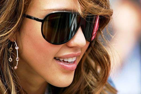 Темні окуляри і мода