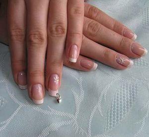Догляд за нігтями: легко і просто!