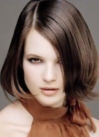 Стрижка для середніх волосся, яка не потребує укладання