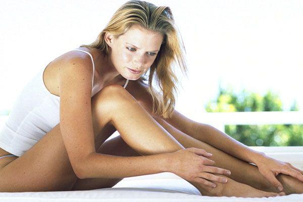 Варикоз вен на ногах симптоми