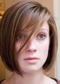 Зачіска з чубчиком для прямокутного особи