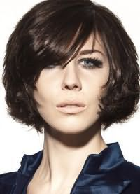 стрижка каре на кучеряве волоси7